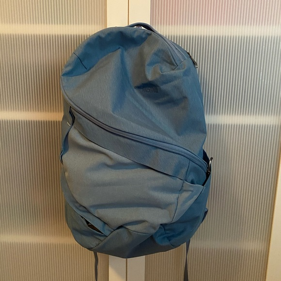 Aurora North Face Backpack - Iceberg Blue